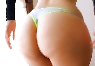 Big Booty Teen! With Perfect Perky Tits! Shaking that Ass! - 52 sec HD