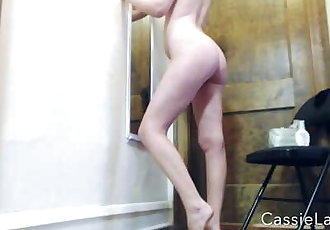 Cassiescat Casually Pissing While Getting Ready for Party