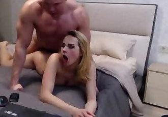 couple fucks on cam