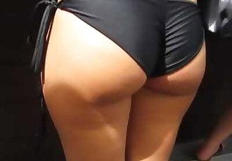 Tight candid bikini booty