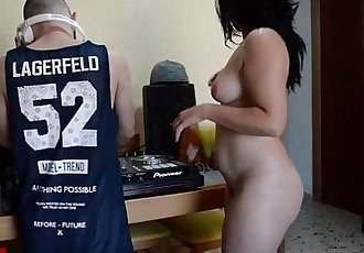 dj penetration homemade with a hidden spycam. I love jerking with my gf´s videosHD
