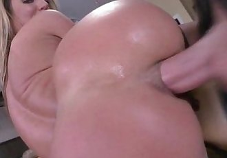 hottie babe Sheena Shaw getting fucked