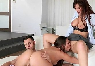 Syren Demer and Cassidy Klein in Family ThingHD