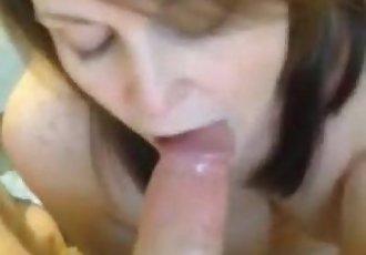 19yr old Emily swallowing cum