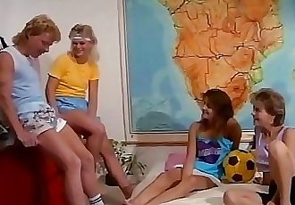 Hot retro orgy with 3 teen girls and 2 big dicks 5 min HD