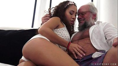 Young latina on much older dickHD