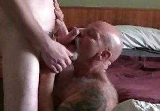 Daddy Bear Gets Bred