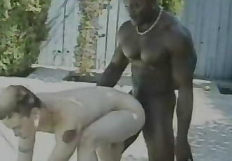 Black Daddy Muscle Fucks White Guy