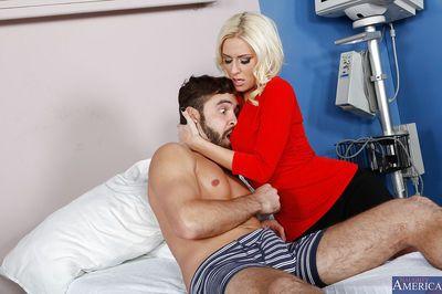 romantische Amateur Blonde Mit riesige Titten riley Evans ist angeheizt Mit Sperma