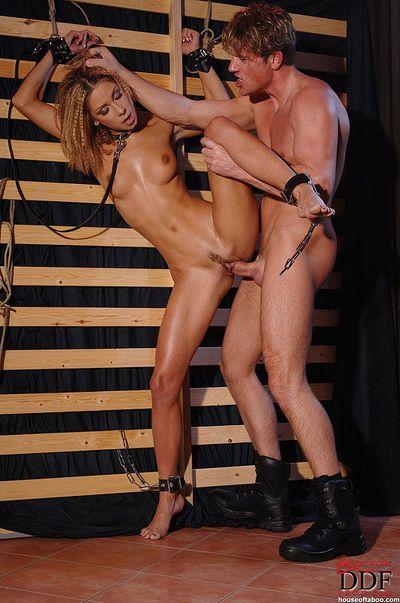 Collared fetish model Rachel Evans gives bj in hardcore BDSM sex