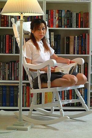 เอเชีย ก่อน ตัวจับเวลา cybele ฤติกรรมโรคจิต--การแทร ปากกา เข้า จริงๆ แฮ ช่องคลอด
