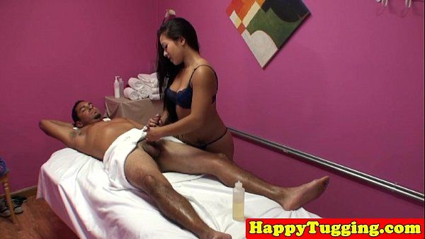 Real asian masseuse cockrides and tugs client