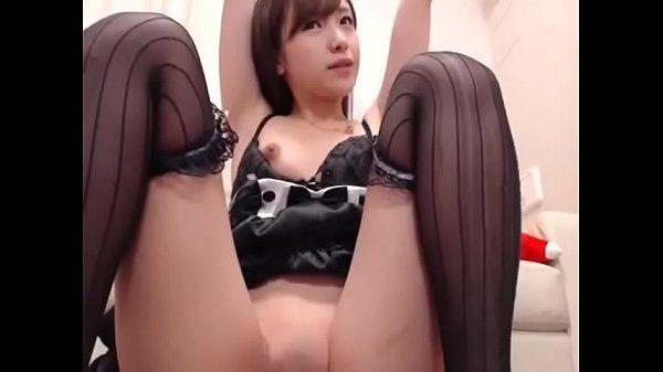 Trixxxcams.com Young Japanese girl masturbates on live show