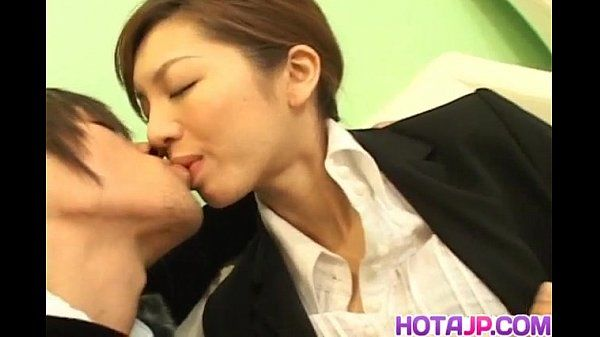 Asahi Miura Asian secretary gives amazing headfucking in the break room