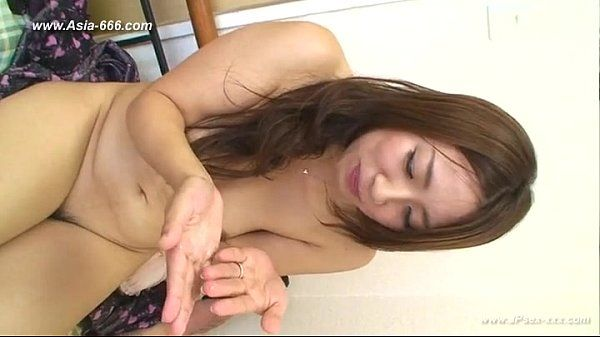 asian amateur oral cumshot