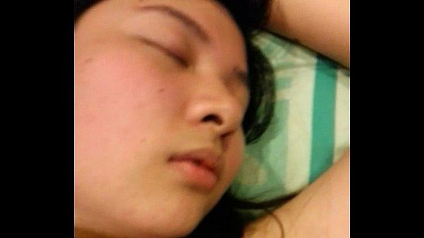 Sleeping asian amateur slut 2