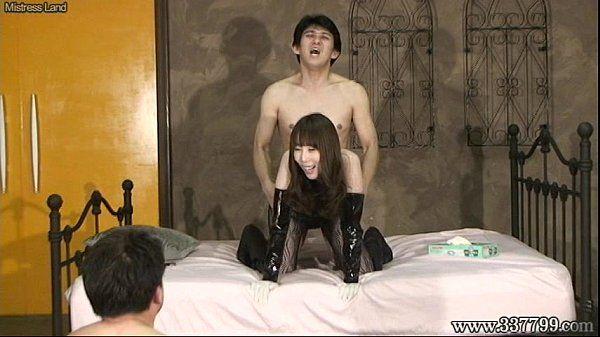 绫 萨基 日本 女性主导 舔阴 和 他妈的