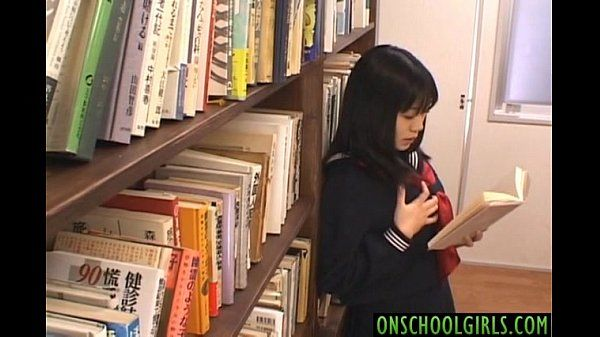 Saya Misaki arouses crack with vibrator under skirt at library