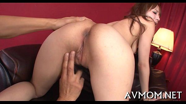 Blindfolded sexually excited milf acquires creamed