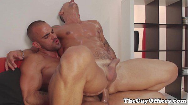Damien Crosse cums on office bossHD