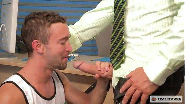 Rocco Steele arromba Colt Rivers no consultório