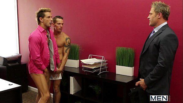 MEN 445The Gay OfficeLunch Break