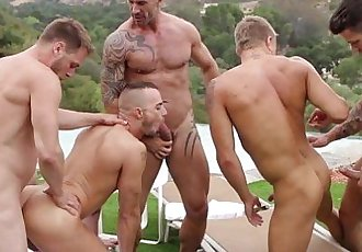 Athletic gay hunks fuck ass in the sunHD