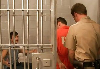 Horny gays fuck in threesome in prisonHD