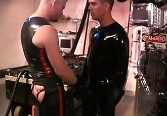 1169272 rubber plausch.mp4