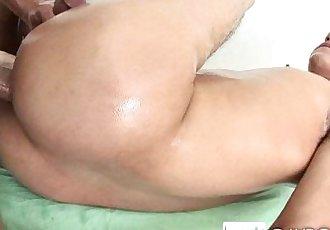 Noah Anal MassageHD