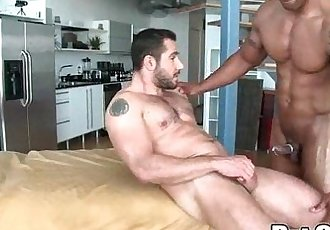 Rubgay Bear Guy Massage