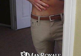 HDManRoyale Voyeur hunk watches his roommate bathHD