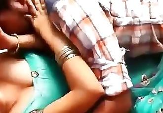 Jabrdasti pakad ke kar dali chudai Bhabhi sex 4 min