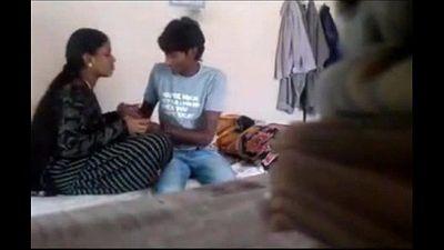 desi bhabhi Romance with Friend - 6 min