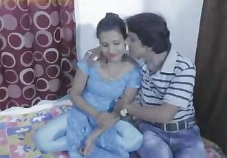 Chuddakar Malkin Ka Chodu Thokia - Watch Full Video on Dostmaker
