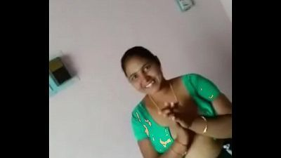 Tamil cute aunty with Tamil conversation - 2 min