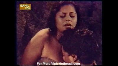 Hot rare tribal girl topless sex scene - movie - Kissa Jawani ka hotboudi.com - 1 min 21 sec