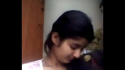 indian teen showing her boobs - 2 min