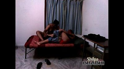 Shilpa Bhabhi Indian Wife Hardcore Amateur Sex - 2 min