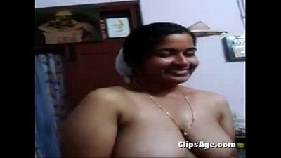 South Indian Aunty With Hubby MMS Video In Bathroom - 1 min 12 sec