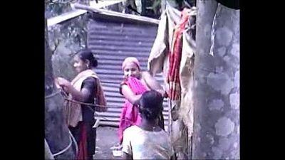 Desi group of Teen Girls Bathing Outdoor - 2 min