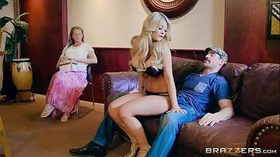 Brazzers - Kayla Kayden - Brazzers Exxtra - 7 min HD