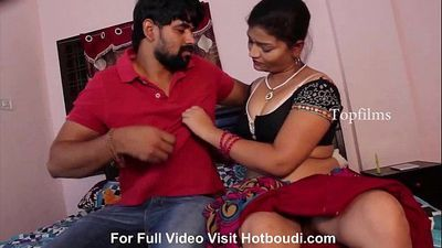 Shashi Aunty Romance Here Boy Friend - 9 min