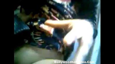 Bangldeshi Muslim Girl Outdoor sex with boyfriend - 7 min