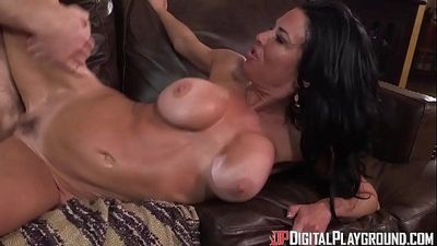 DigitalPlayGround - Hot Coca - 5 min HD