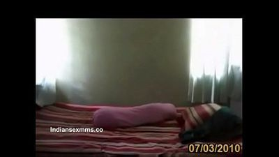 Doctor Rishi loves to have illegal affair - IndianSexMms.co - 3 min
