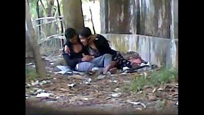 Desi cute indian lover sucking big cock in public park - 3 min