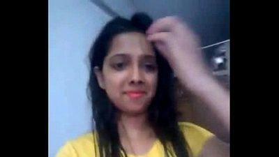 Desi girl playing pussy - 2 min