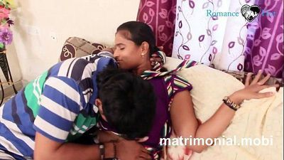 Indian young boy and girl Romance at Her House - 4 min