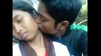Desi Indian Girl blow job with her boy friend out door - 4 min